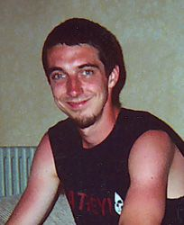 NamUs MP # 324 Missing Sean B.W.Kellar Date last seen August 29, 2005 Clinton, MA Age last seen 26 to 26 years old Age now 35 years old Race White Male Height (inches) 70.0 Weight (pounds) 135.0 Brown Hair/Hazel eyes. Scattered moles on arms and shoulders.  Pierced left nostril. Usually wears T-shirts, jeans, size 10 shoes-wears baseball caps.  Last seen at his residence in Clinton, MA . His money card was last used in Las Vegas, NV.  Clinton Police Department 978) 365-4111