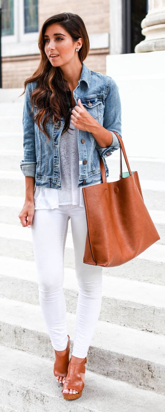 Basics Matching Streetstyle by The Darling Detail Casual Style Women's Clothing | Fashion | Style | Jeans | Dress | Cute Outfits | #fashion #outfit #style | SHOP @ CollectiveStyles.com