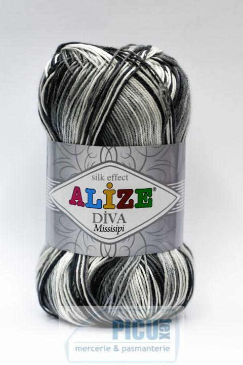11 LEI | Pentru tricotat | Cumpara online cu livrare nationala, din Iasi. Mai multe Fire textile in magazinul picutex pe Breslo.