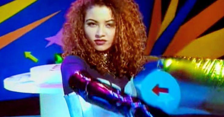 """Und weiter geht es mit unserer Reihe voller Musik-Hits der 90er. Dieses Mal gibt es die volle Breitseite Eurodance! Mit dem niederländischen Duo '2 Unlimited', das in den 90ern etliche Megahits landete. Einer davon ist 'No Limit' aus dem Jahr 1993, den wir euch heute zurück ins Gedächtnis rufen wollen. Sobald Rapper Ray Slijngaard und sexy Sängerin Anita Doth diesen Track anstimmen, die Beats einsetzen und """"No no, no no no no, no no no no, no no there's no limit!"""" aus den Boxen dröhnt, is..."""