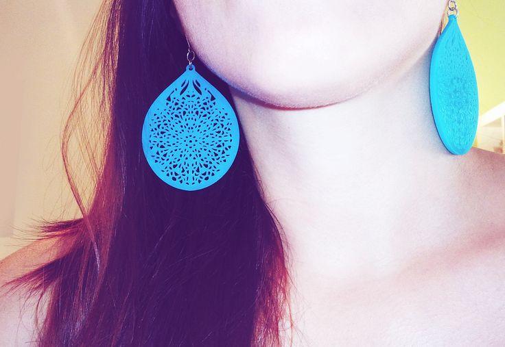Pear Motif Earring