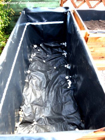 1000 ideas about hochbeet bef llen on pinterest hochbeet bepflanzen hochbeet and hochbeet bauen. Black Bedroom Furniture Sets. Home Design Ideas