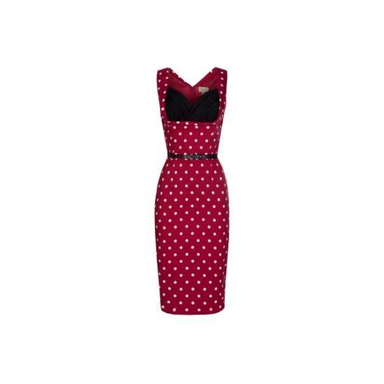 Lindy Bop Vanessa Red Polka Šaty ve stylu 50. let. Úžasné šaty ve velmi ženském pouzdrovém střihu, v temně červené barvě s nádechem do vínova s nadčasovým bílým puntíkem, zajímavě řešený dekolt, zapínání vzadu na skrytý zip, součástí úzký černý pásek.