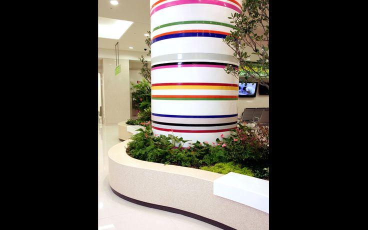 [ staron solid surface : BW010 - Bright white, SF020 - Fog, PG840 - Pebble Gold, SS042 - Sunflower, SC052- California Poppy, SU053 - Univers, ON095 - Onyx ] Hospital flower stand chair, Column, Wooridul Hospital, Seoul, Korea
