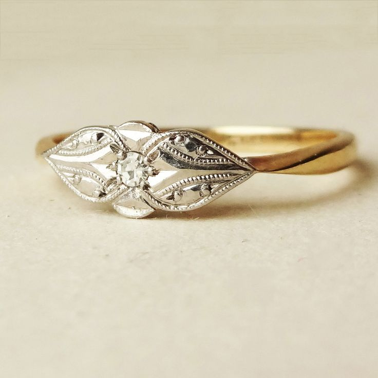 Cute Art Deco engagement ring