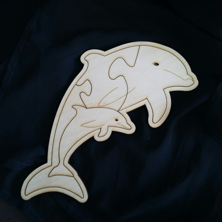 Maple wood Dolphin puzzle