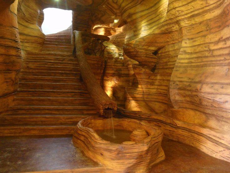 Vista principal , escalera y caídas de agua. Si quieres ver más, visita OneDreamArt.com