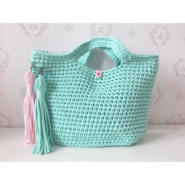 Crochet bag. T-shirt yarn. Bolso de ganchillo. Trapillo. Borsa all'uncinetto. Fettucia. Bolsa de croche. Fio de malha. Вязаный кошелек. Хлопковая пряжа.