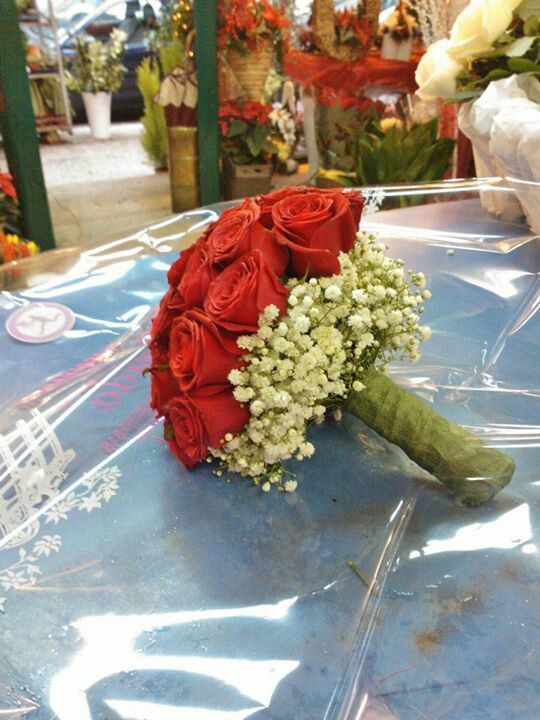 Red and white. Weddingevents