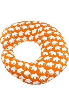 Rätt Start Ammepute Orange Elefant Ammepute med elefantmotiv fra Rätt Start, til nyfødte som gir god støtte ved amming i ergonomisk riktig design. Gir den ammende moren en avlastende ammestilling. <br>Usymmetrisk form: Den smale siden tetter godt rundt ryggen og på den tykke siden hviler barnet med ordentlig støtte under kroppen. <br>Kan brukes til høyre eller venstre side.  Fyll i allergisikker polyester<br>Ikke avtagbart trekk, men hele puten kan vaskes på 30 grader og tørketromles ...