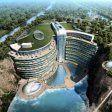 Una cascata di vetro, camere sott'acqua e 16 piani sotto il livello del mare. A Songjiang, a 30 km da Shanghai, è in costruzione lo