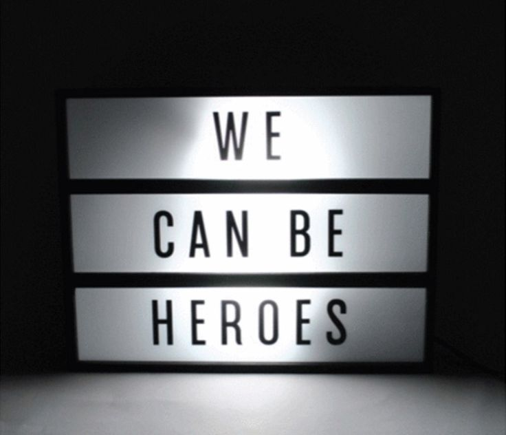 LIGHTBOX WE CAN BE HEROES - Desli | Design Your Life