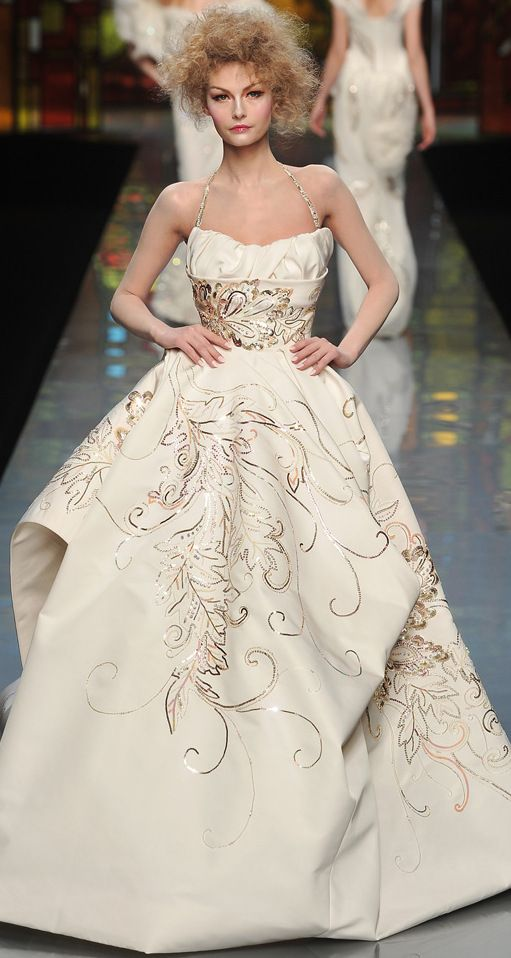 1000  images about Christian Dior Wedding Dresses on Pinterest ...