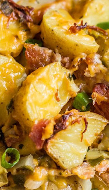 Slow Cooker Cheesy Bacon Ranch Potatoes...