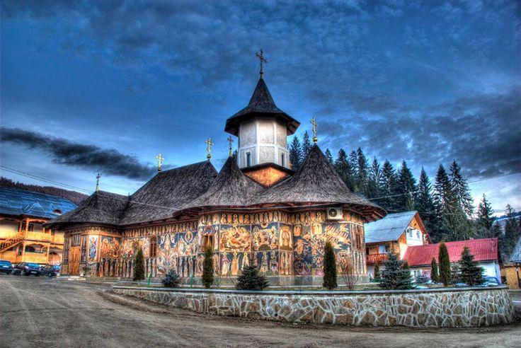 manastiri moldova - Căutare Google