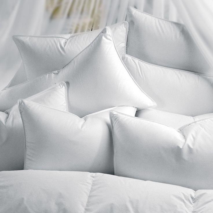 1221 Bedding Sateen Goose Down Pillow