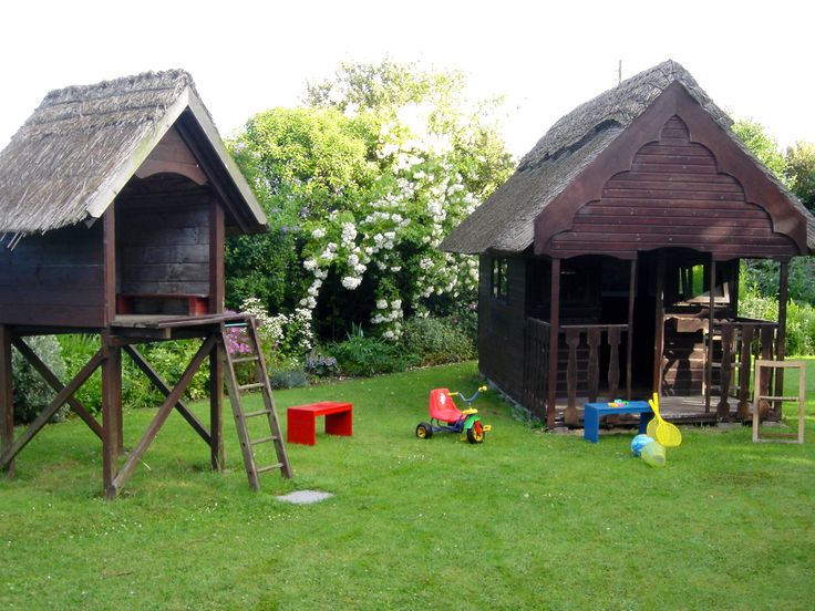 Children's play house, tree house and swings… gated and private for cottage guest use exclusively.