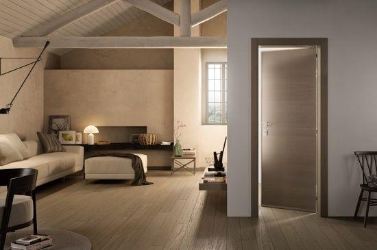 Porta blindata con pannelli lisci mod gabilia 1l in for Colore esterno casa moderno