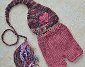 RTS Menina recém-nascida Outfit Knit foto do bebê Prop Dusty rosa cauda longa borla Stocking Cap Pant Set vindo Botão Home do coração Beanie Shorts feminino