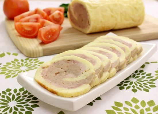 Chicken And Cheese Roulade (550x398)