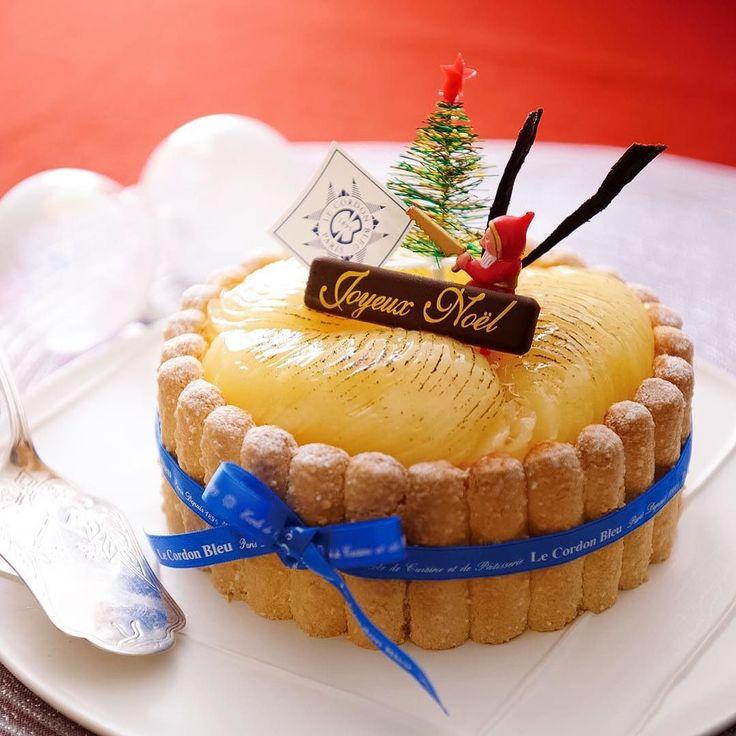 #entremet for #Christmas  #patisserie #pastry #cake #lecordonbleu #lecordonbleujapan #lcbjapan #ルコルドンブルー #コルドンブルー #クリスマス #ケーキ #アントルメ #パティスリー by lcbjapan