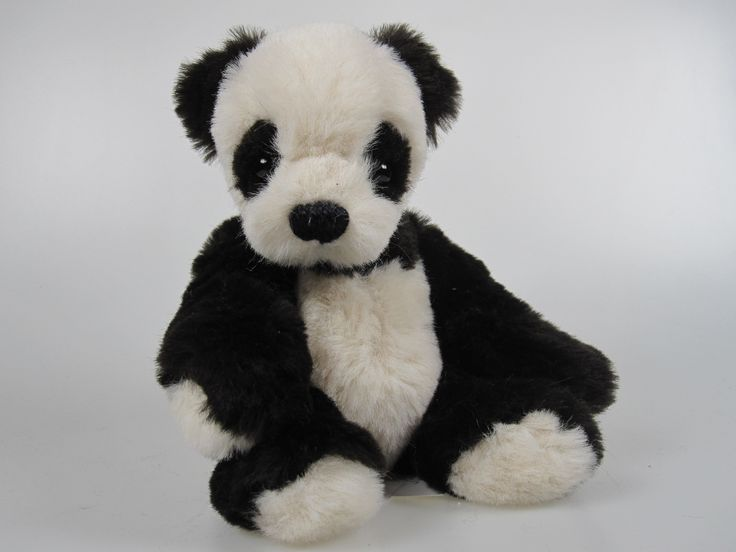R439 panda Amanda Chuanaberas DollPrague 2015