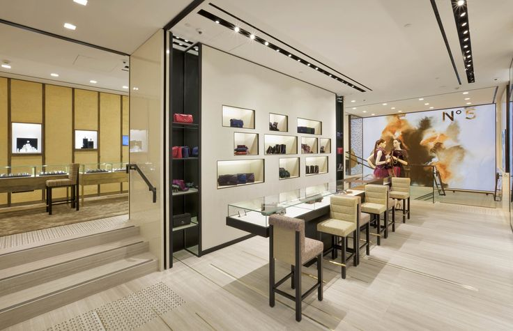 8 best luxury store interior images on pinterest luxury for Chanel milano boutique