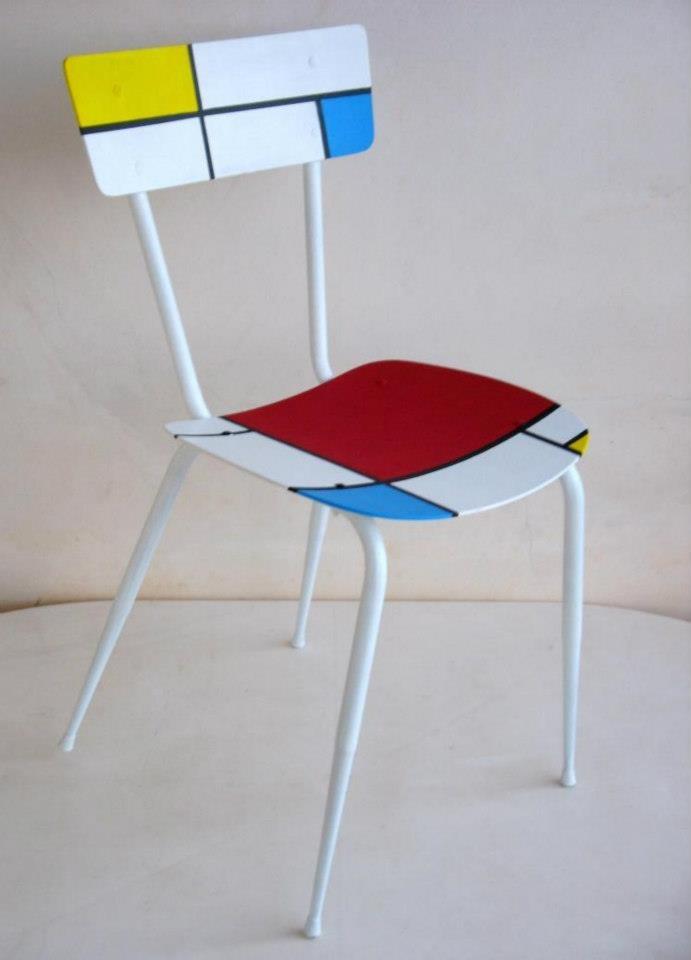 "Recycled chair ""Mondrian""            ♪ ♪    ... #inspiration_diy GB"