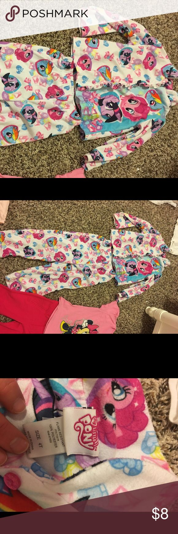 My Little pony matching pajama set. NWOT. my little pony pajama set. Never been worn. Perfect condition. No stains, or wear, or rips. My Little Pony Pajamas Pajama Sets