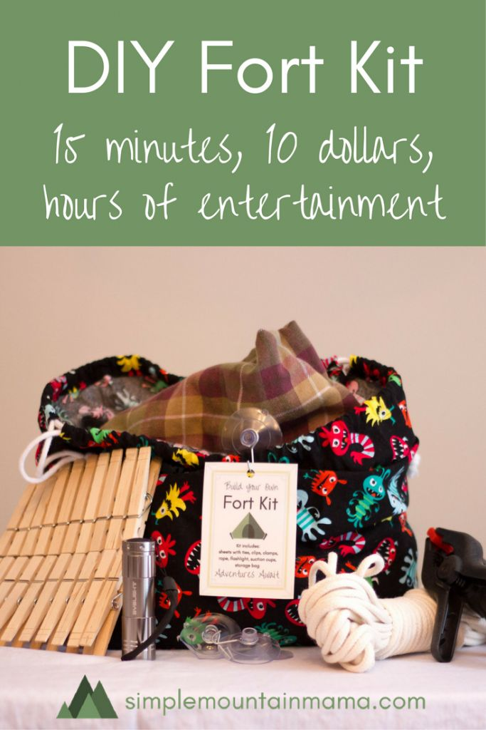 Always scrambling last minute for kid's presents? I share how to make this awesome DIY fort kit for less than $10. Hop on over to SimpleMountainMama.com for the full instructions!