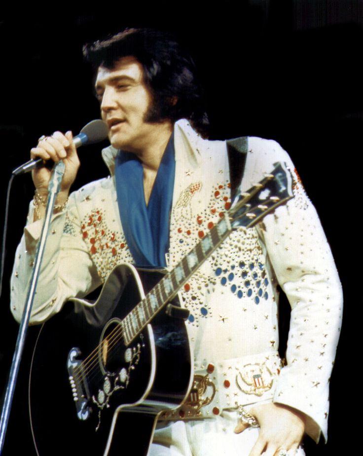 1974 3 12 Richmond VA (8.30 pm) Aloha Bald Headed Eagle suit