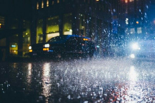 Rain // night photography