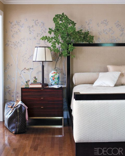 Love the night stand your favorite elle decor rooms for Amy bradford elle decoration