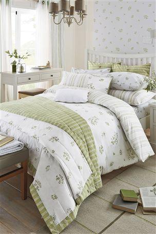 Green Floral Sprig Bed Set
