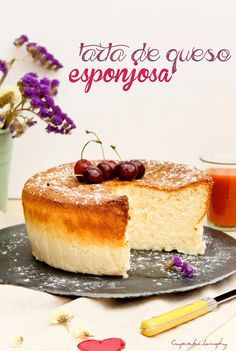 Tarta de queso esponjosa - Unbelievably amazing. Soft, spongy, light, sweet. Instead of cremor tártaro I used a drop of vinegar.