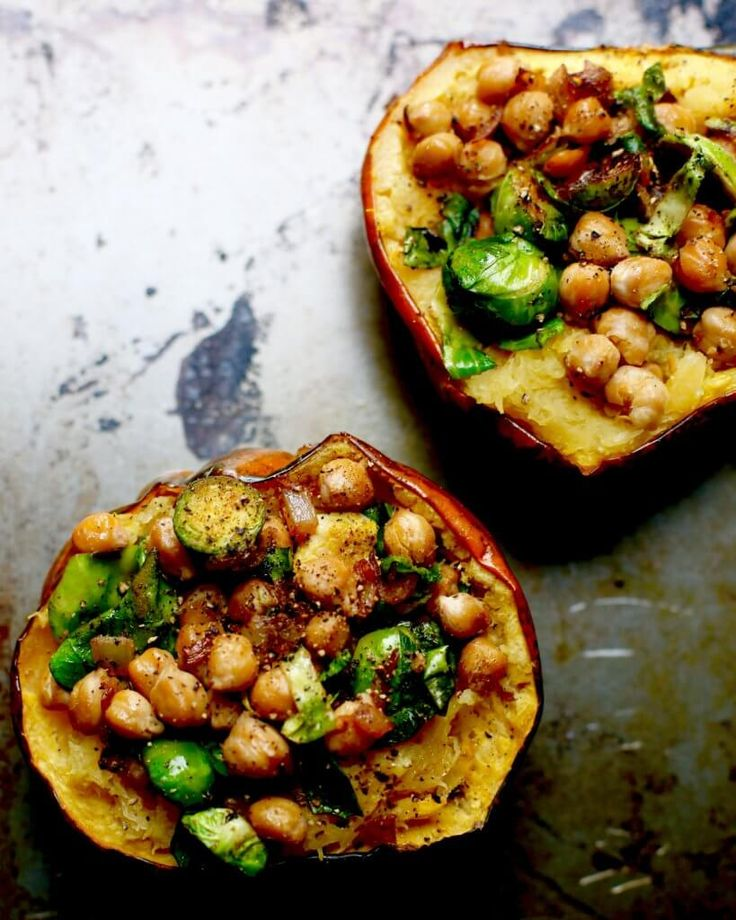 Mouthwatering Chickpea Stuffed Acorn Squash
