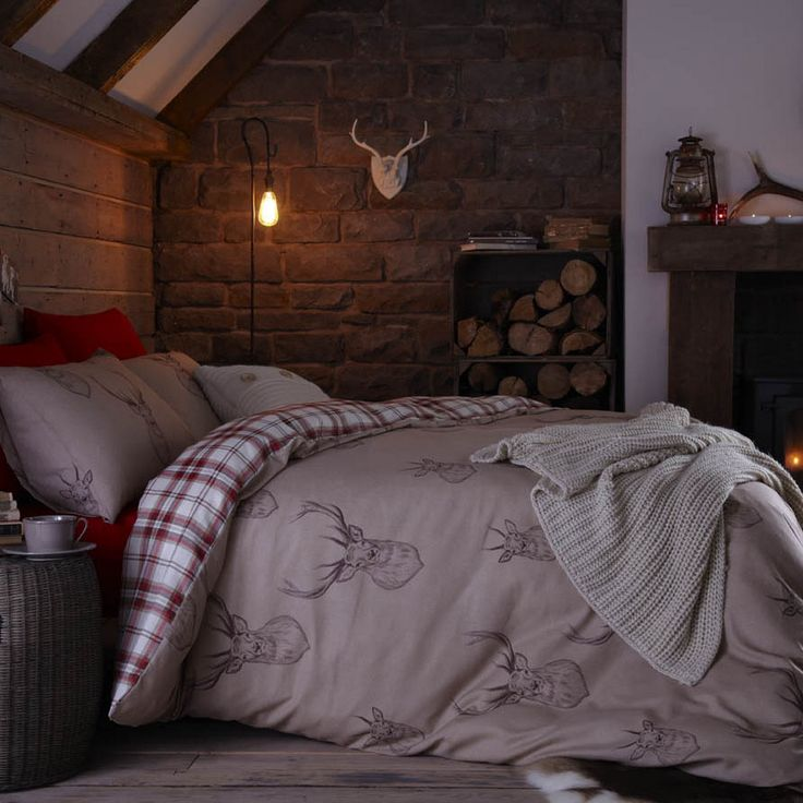 Stag Bedding Set.. If I ever lived in the mountains again