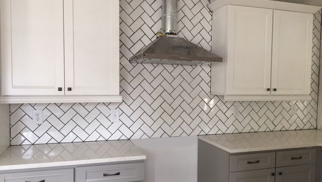 Best Image Result For White Herringbone Tile With Black Grout 400 x 300