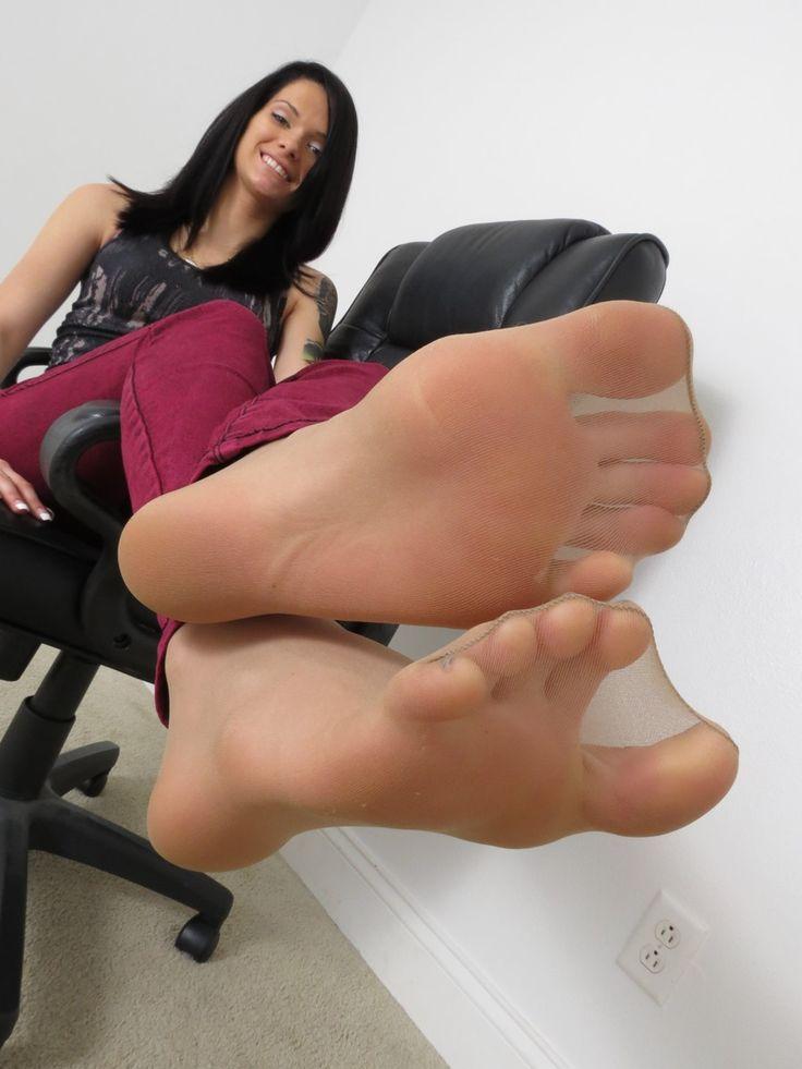 woman in pantyhose feet photos