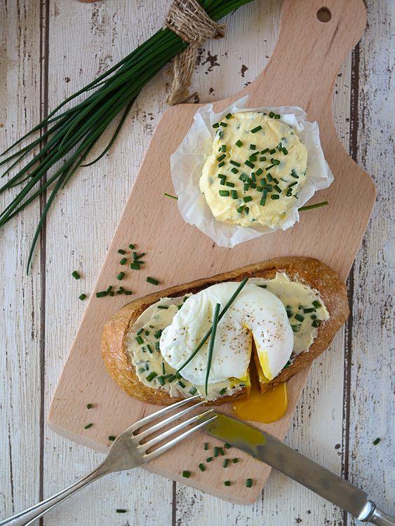 #Recette: Préparer des #tartines à l'œuf poché et au beurre à la #ciboulette via DaWanda.com