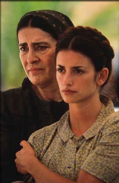 Irene Papas  &  Penelopé Cruz