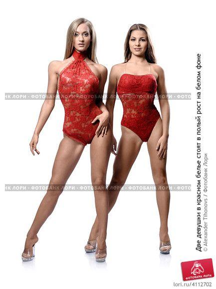 две девушки в красном белье фото