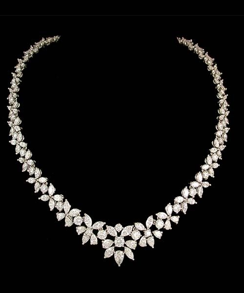 gorgeous diamond necklaces | Gorgeous wedding diamond necklace