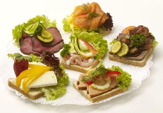 open-faced sandwiches): Smørbrød Norwegian, Norwegian Recipe, Open ...