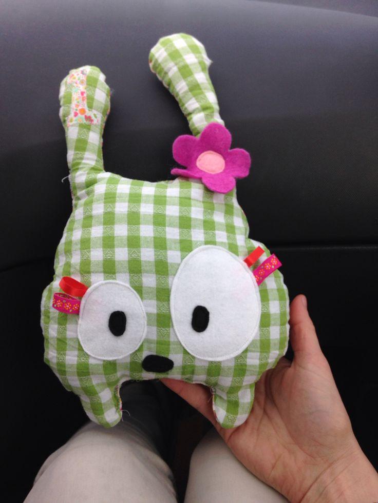Bunny. Mijn eerste knuffelproject.