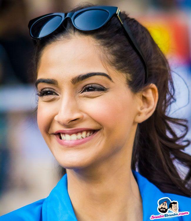 Smile Sonam Kapoor