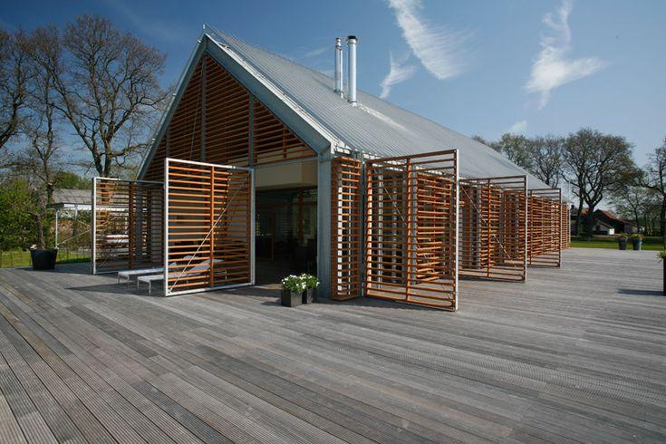"""Kwint Architekten: a """"barn"""" in the countryside. Eelde, The Netherlands."""