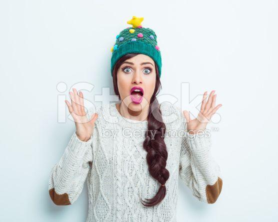 Sorpresa donna in abbigliamento invernale - fotografia stock royalty-free