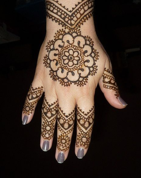 Mehndi Easy And Beautiful : Easy and simple mehndi designs that you can do by