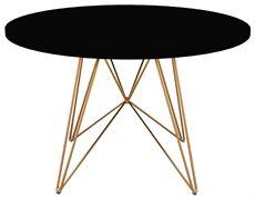 XZ3 från Magis är ett bord med ett dekorativt underrede och som kan väljas i flera olika färgkombinationer. #matbord #magis #dialoginterior